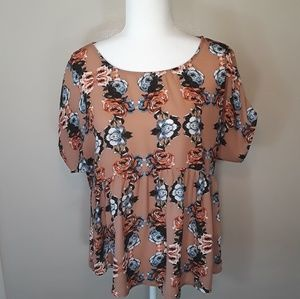Forever 21 Floral Top M